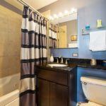 Lakeview - 655 Irving Park Unit 1616, Chicago, IL 60613 - Bathroom