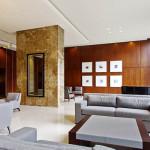655 Irving Park - lobby