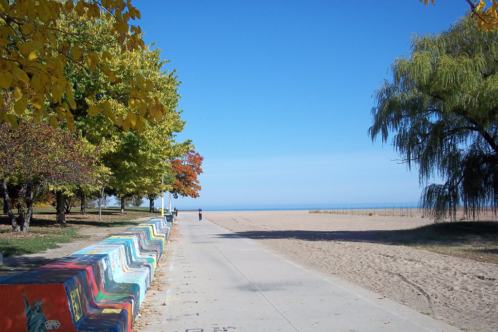 Chicago's Rogers Park - Pratt Beach