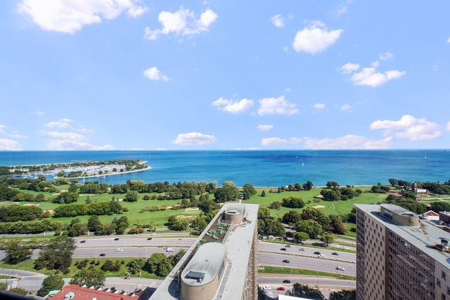 Lakeview - 655 West Irving Park Road Unit 3402, Chicago IL, 60613 - View